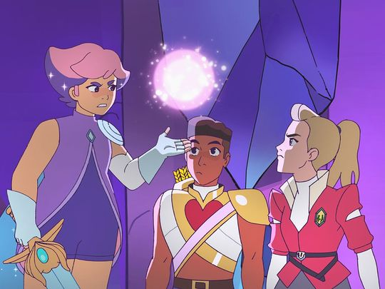 636674245484694856-Glimmer-Bow-and-Adora